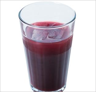 一松の紫野菜のジュース